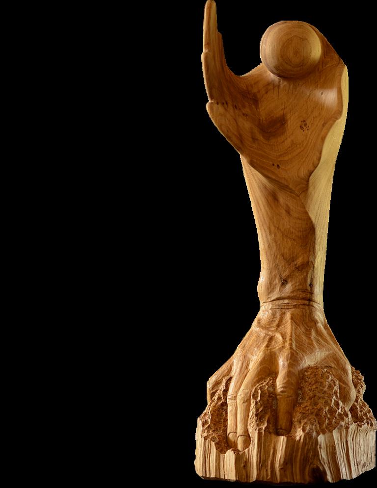 Main sculptée réalisée par un artiste français