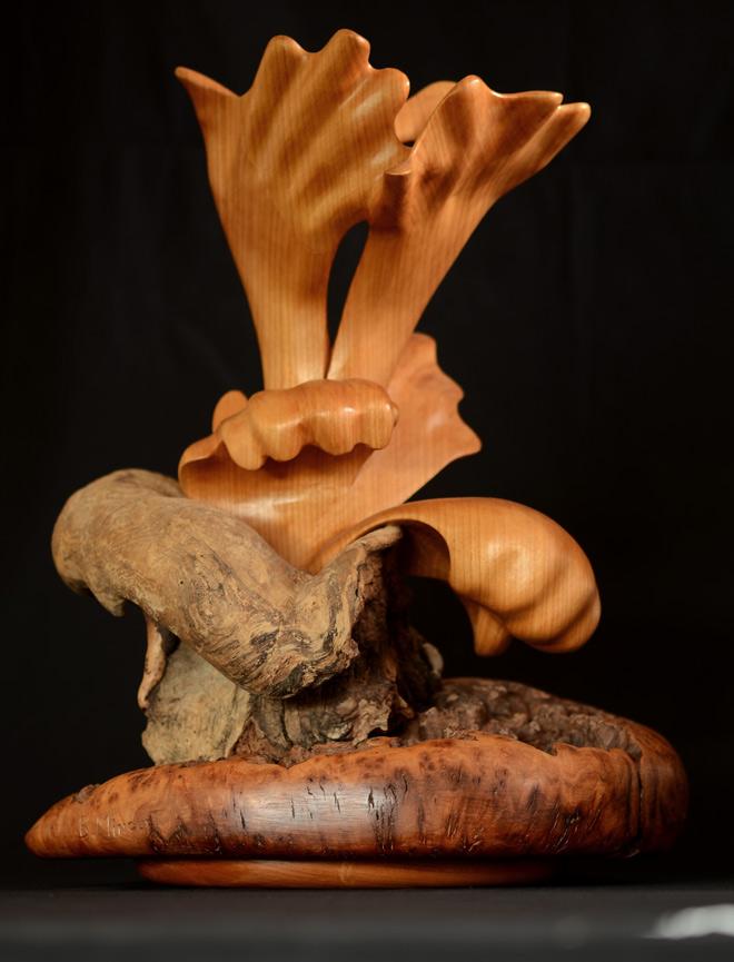 Germe une sculpture d'art contemporain abstraite