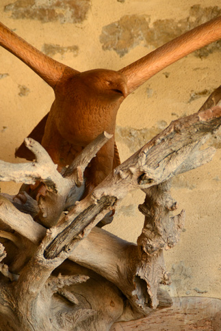 Oeuvre sculpture d'aigle en bois