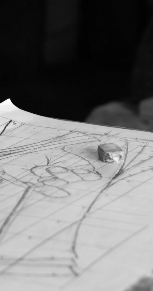 Gomme et dessin préparatoire